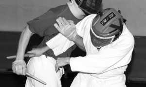 Будь начеку: Ножевой бой и его 10 основных принципов
