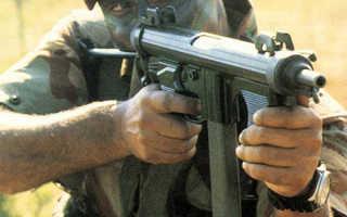 Пистолет-пулемёт Beretta PM 12 (Италия)